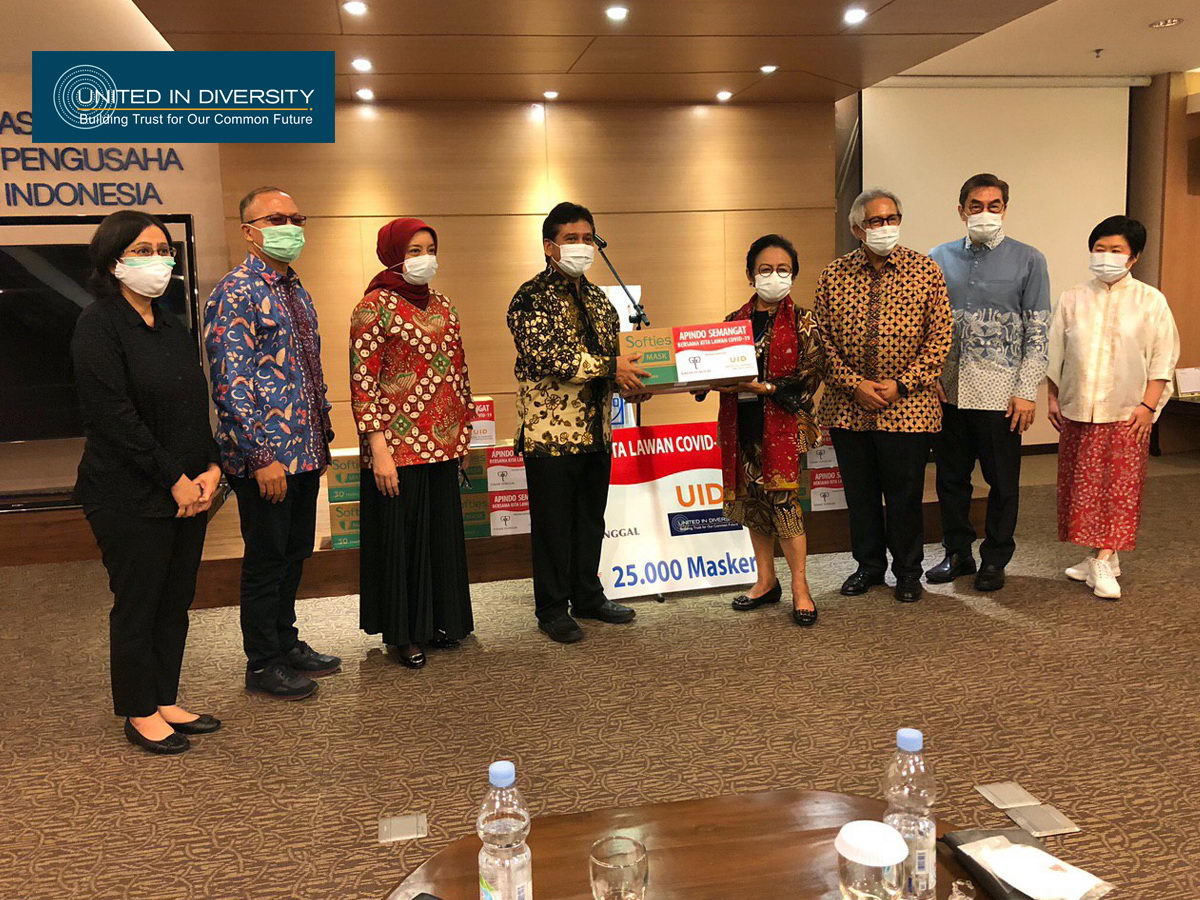 United In Diversity with Gajah Tunggal Group Support, Donates 25 Thousand Masks for Asosiasi Pengusaha Indonesia